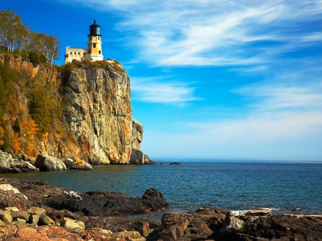Split Rock Lighthouse on Lake Superior North Shore