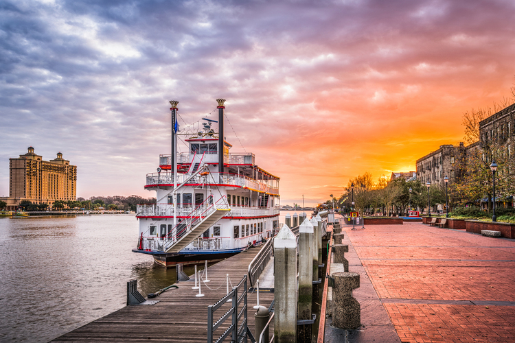 riverfront promenade at sunrise at Savannah, Georgia