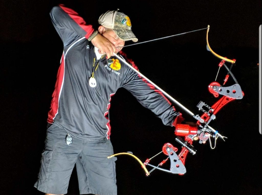 bowfisher aiming down