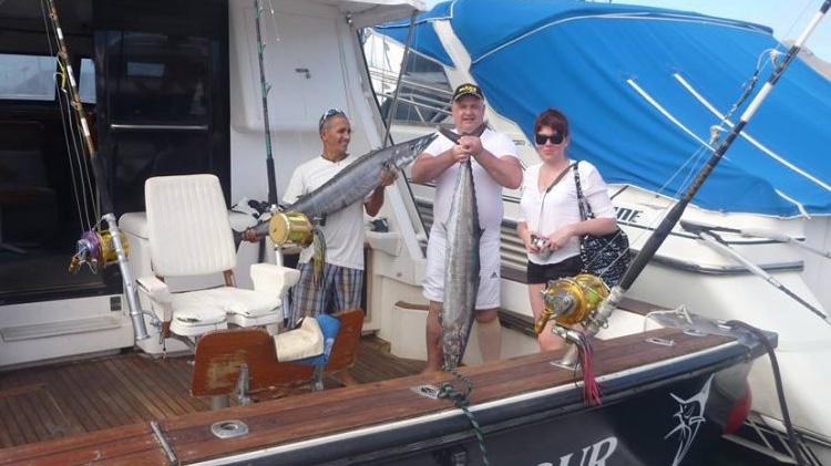 "Result of a (successful) Wahoo chase aboard ""Cruz del Sur"""